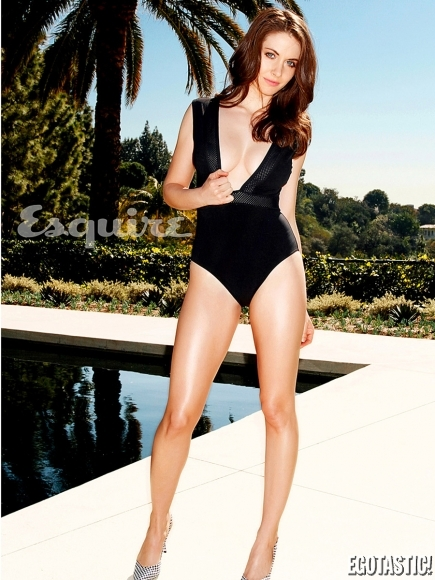 alison-brie-in-may-esquire-01-435x580