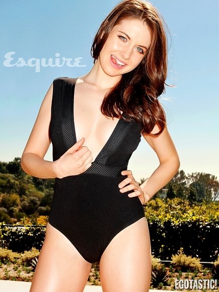 alison-brie-in-may-esquire-06-435x580