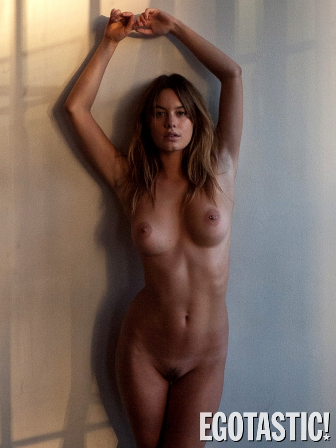 camille-rowe-topless-outtakes-for-terry-richardson-photoshoot-01-675x900