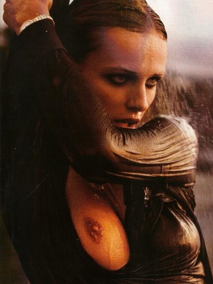 edita-vilkeviciute-topless-in-lui-magazine-dec-2013-05-cr1384799005454-435x580