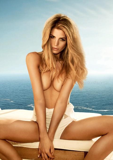 elle-liberachi-fhm-ocean-photoshoot-01-480x678
