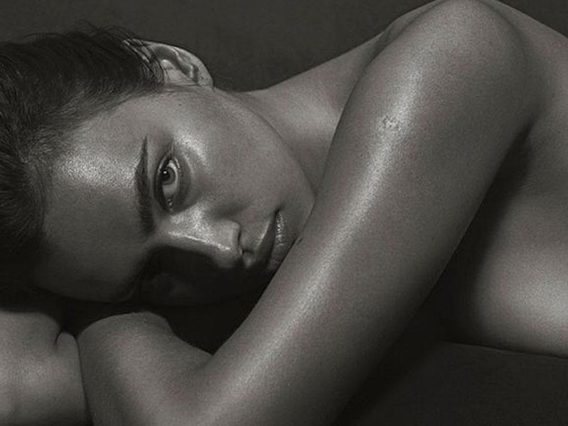 irina_shayk_black_and_white_hotness_for_gq_02-f85b6e14_web