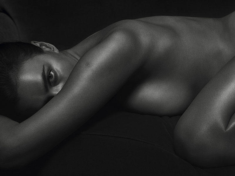 irina_shayk_black_and_white_hotness_for_gq_12-0800d2c6_web