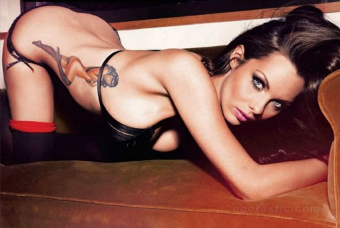 http://www.stylebrity.co.uk/wp-content/gallery/jessica-jane-clement-lingerie-shoot-for-maxim-russia/jessica-jane-clement-nov-maxim-russia-02-480x322.jpg