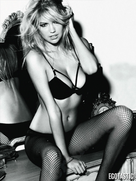 kate-upton-dt-magazine-spain-may-2012-02-435x580