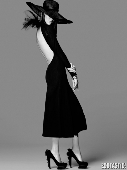 kendall-jenner-in-miss-vogue-australia-3-photoshoot-08-435x580