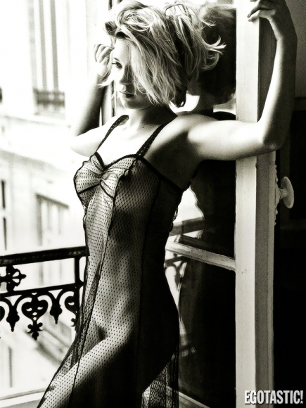 lea-seydoux-topless-by-mario-sorrenti-in-lui-magazine-11-435x580