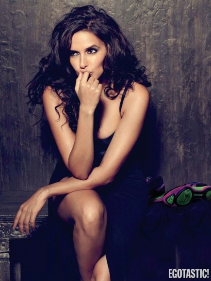 neha-dhupia-in-maxim-india-july-2012-01-435x580