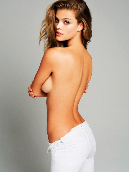 nina-agdal-covered-topless-outtakes-esquire-mag-2013-01-cr1369247133447-435x580