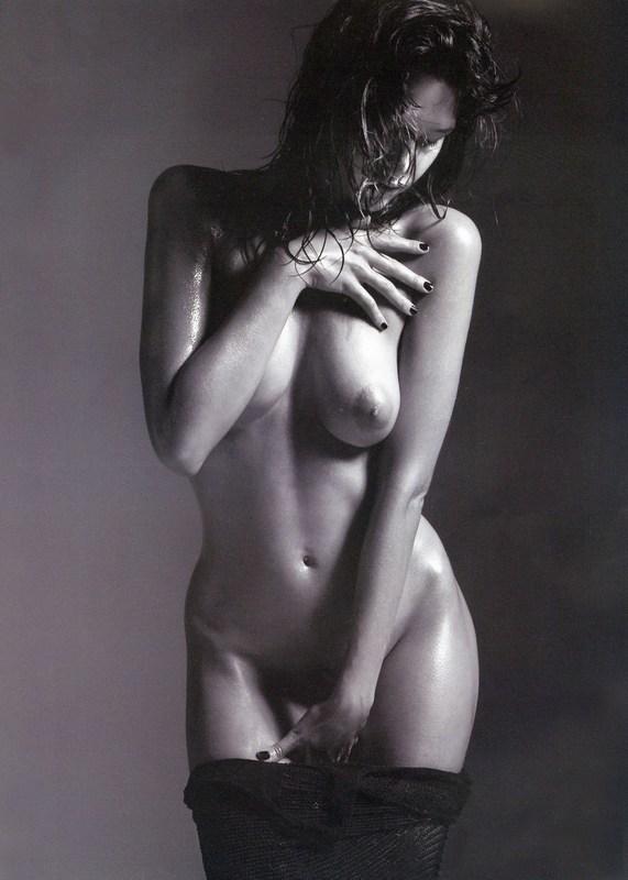 paz de la huerta nude