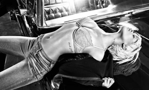 rihanna-emporio-armani-underwear-jeans-campaign-01-480x291