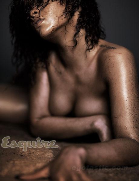 rihanna-nov-esquire-03