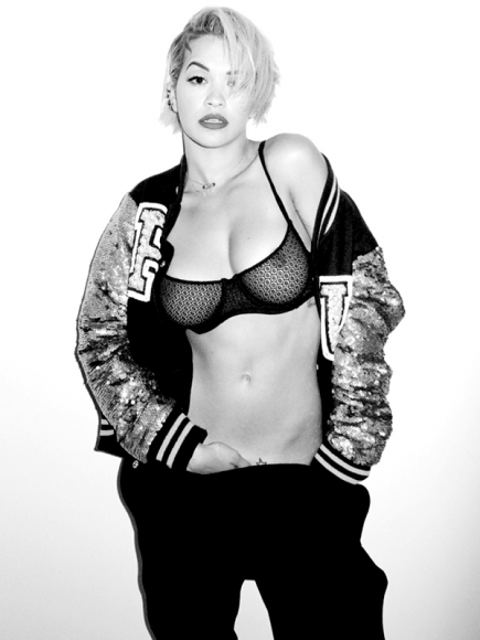 rita-ora-wears-a-see-through-bra-for-terry-richardson-01-cr1398968588431-435x580