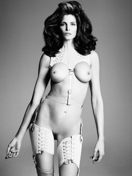 stephanie-seymour-id-fall-2012-01-435x580