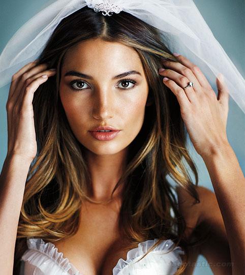 lily-aldridge-vs-naughty-wedding-08