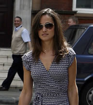 Pippa Middleton Shopping On Kings Road