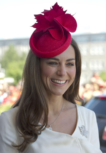 Kate And Wills Draw The Crowds On Day Two Of Canadian Tour – Pictures