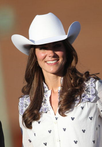 Kate And Wills Arrive In Calgary On Canadian Tour – Pictures