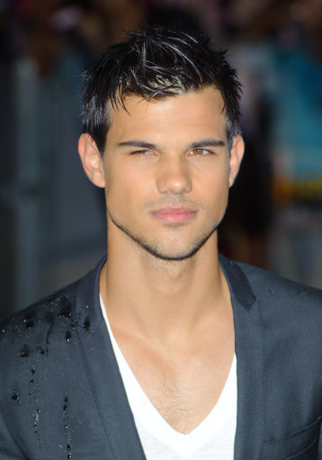 Taylor Lautner And Lily Collins At Abduction UK premiere – London