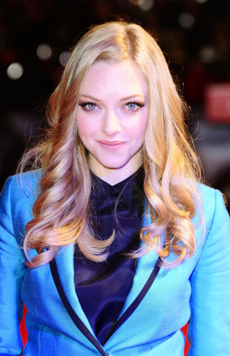 Amanda Seyfried And Justin Timberland Work Red Carpet At In Time Premiere