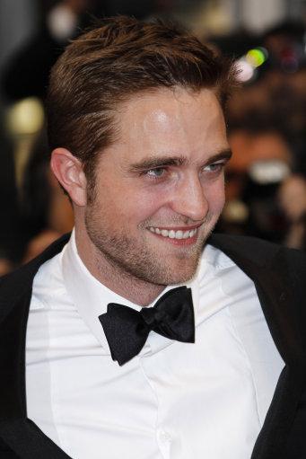 CANNES:  Robert Pattinson on Red-Carpet for Cosmopolis Screening