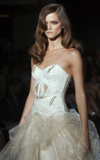Versace F/W 2012 Collection – Paris Fashion Week