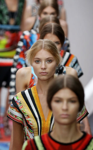 Peter Pilotto Catwalk s/s 13  – London Fashion Week