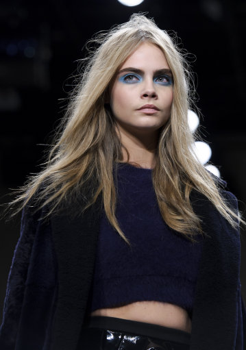 Cara Delevingne for Unique Collection a/w 2013 – London Fashion Week