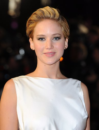 Jennifer Lawrence Attends The Hunger Games : Catching Fire Premiere – London