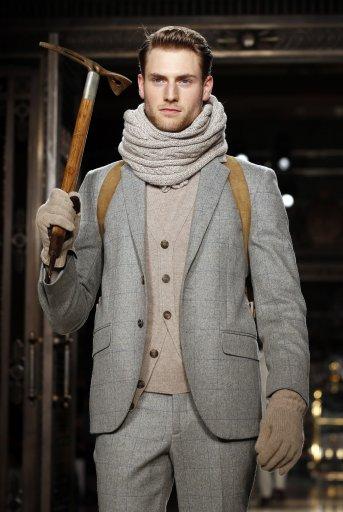 Hackett catwalk – London Collections: Men 2014