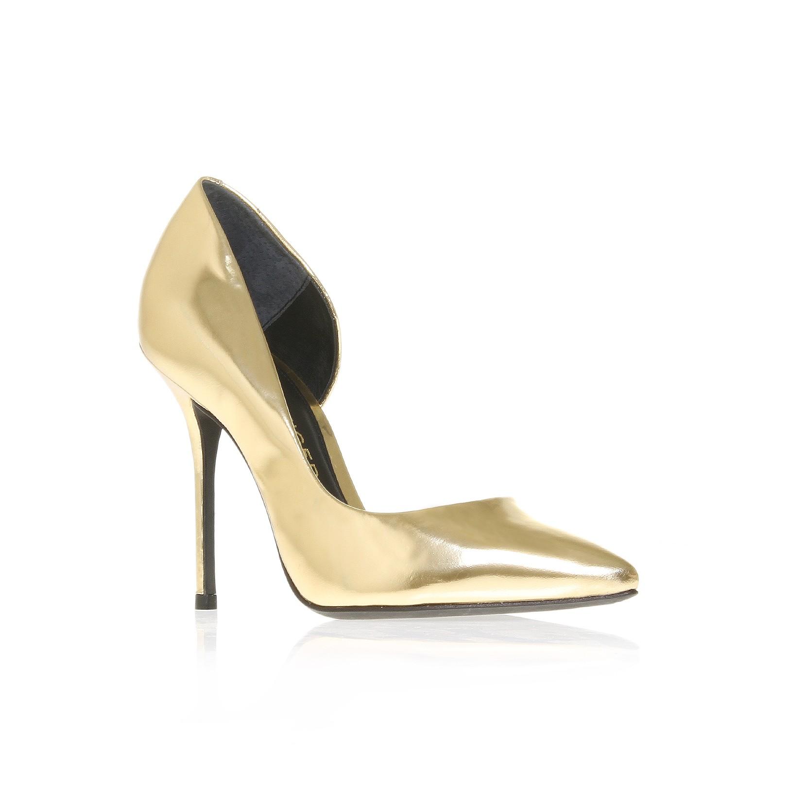 EVENINGWEAR SPECIAL: Metallic Heels