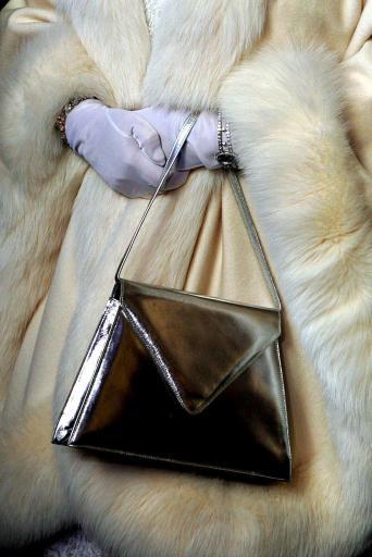 Queen Elizabeth II – The Handbags