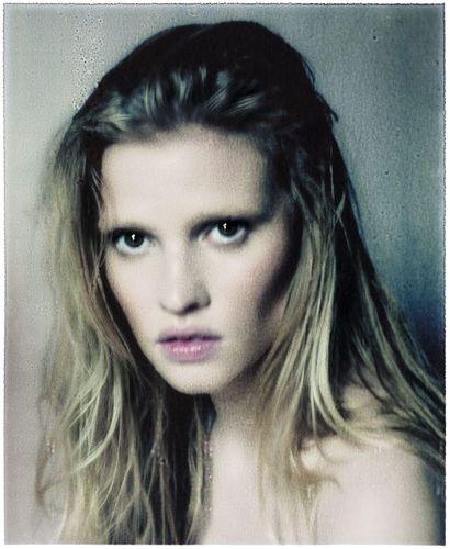 Lara Stone naked by Paolo Roversi for M le Monde Beauty 10 November 2012 (Editor notes nudity)