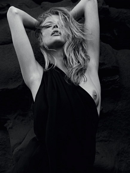 Magdalena Frackowiak Naked Black and White Shoot in Lui Magazine May 2014