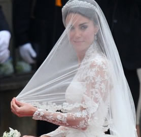 Kate Middleton's Wedding Dress Photos
