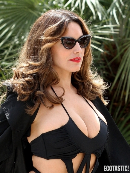 Kelly Brook Sexy Swimsuit Photoshoot in Cannes