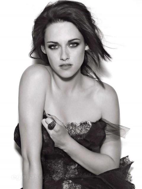 Kristen Stewart in Glamour Magazine